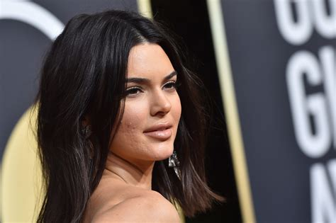 Kendall Jenner *almost* bared all in a sexy Instagram ...