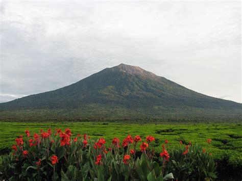 Kerinci (volcan) — Wikipédia