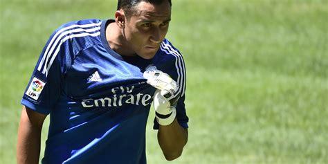 Keylor Navas se presenta con el Real Madrid entre una ...