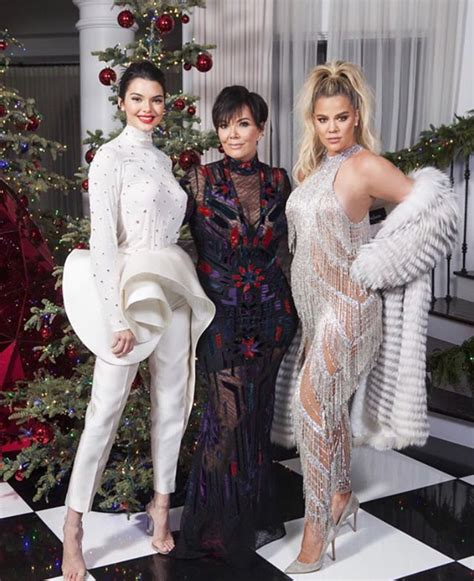 Khloe Kardashian Gives Birth to Her First Child With ...