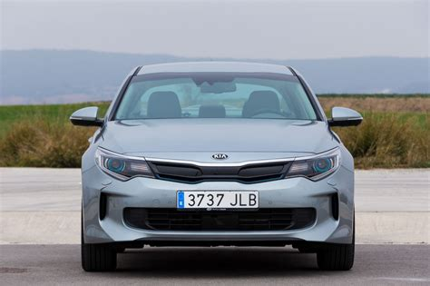 Kia Optima Plug-in Hybrid 2017, el híbrido enchufable