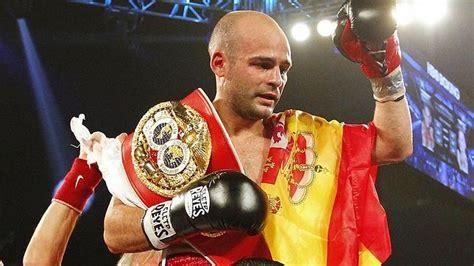 Kiko Martínez, campeón del mundo de boxeo, defiende este ...