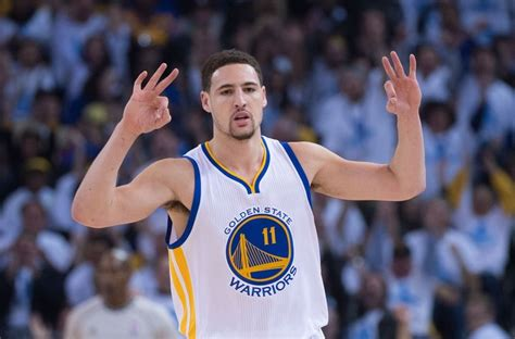 Klay Thompson drills 3s in the dark on  Sports Science ...