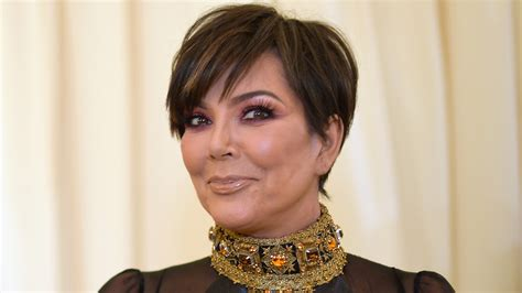 Kris Jenner Accused of Photoshop in Pic of One Leg ...