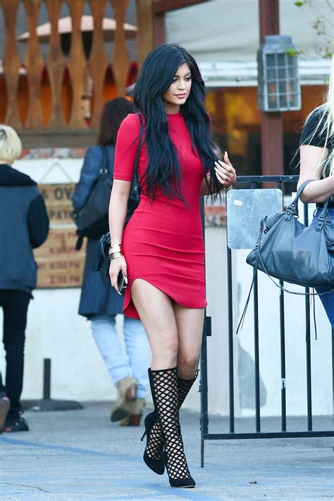 kylie jenner – Art Becomes You