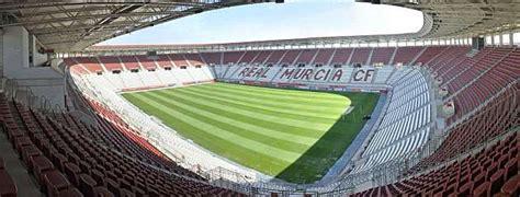 La afición da la espalda al Murcia - MARCA.com