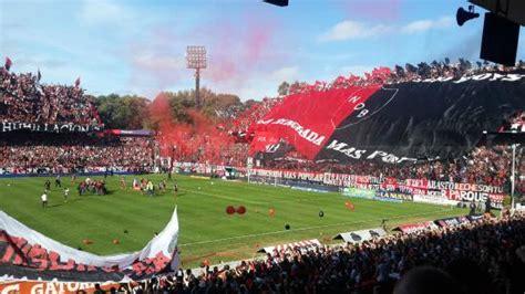 La barra   Picture of Estadio Marcelo Bielsa, Rosario ...