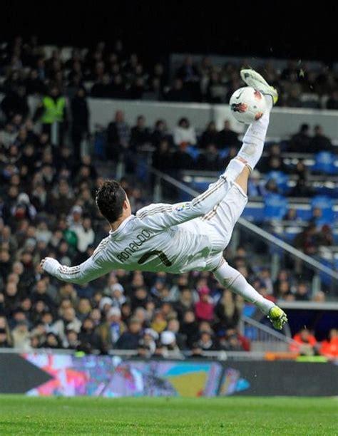 La Biografía de Cristiano Ronaldo   Posts.es