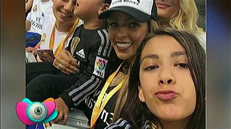 La celebración de Keylor Navas junto a su familia - YouTube