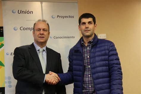 La CEO y los taxistas intercambiarán servicios   Ourense ...