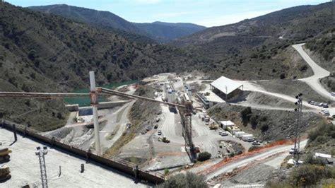 La CHE suspende los trabajos en la presa de Enciso para ...