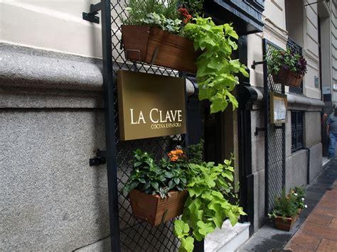 LA CLAVE, comida española tradicional en el corazón Barrio ...