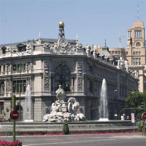 La CNMV y el Banco de España firman un convenio para ...