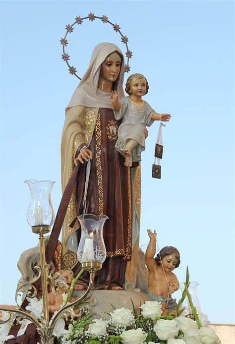 La Cofradía Nuestra Señora del Carmen supera los 900 ...