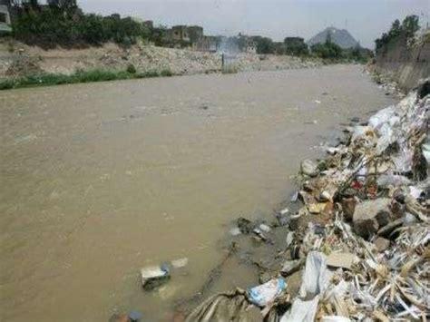 La contaminacion del agua en el peru