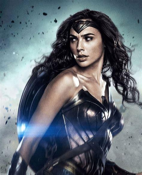 La crítica se rinde a los encantos de La Mujer Maravilla ...
