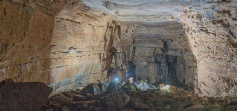 La cueva de los Tayos   Michelle Oquendo