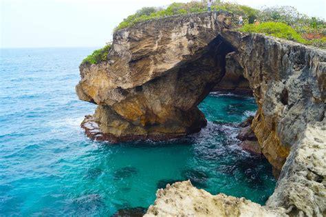 La Cueva del Indio en Arecibo Puerto Rico - YouTube