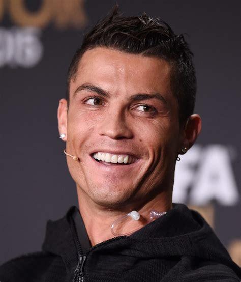La evolución de la sonrisa de Cristiano Ronaldo - Taringa!