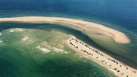 La extraña y peligrosa isla que acaba de surgir en el ...