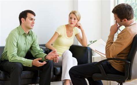 La familia y sus complementos: Contrato matrimonial y ...