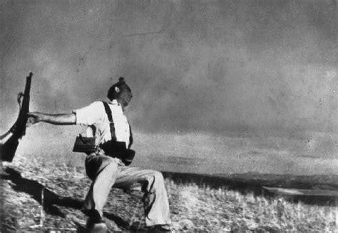La foto del miliciano de Capa es un fraude | El guijarro ...
