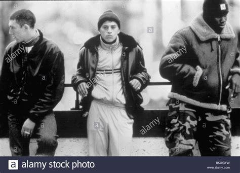 LA HAINE  1995  VINCENT CASSEL, SAID TAGHMAOUI, HUBERT ...