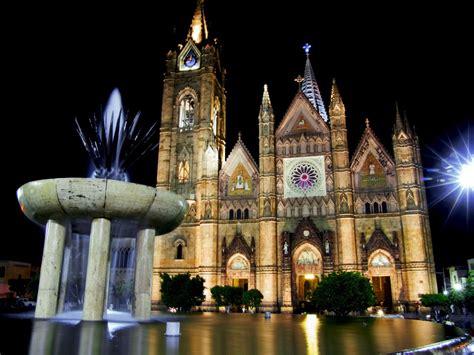 La historia de Guadalajara contada por sus monumentos ...