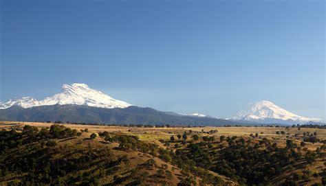 La leyenda de los volcanes Popocatépetl e Iztaccíhuatl ...