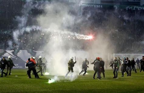 La liga griega se reanuda a puerta cerrada | Fútbol | EL MUNDO