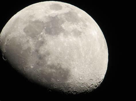 la luna : imagen en vivo de nuestro satelite - YouTube