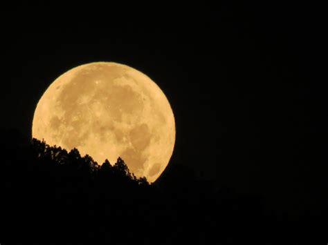 La Luna la madrugada de este miércoles desde Caracas ...