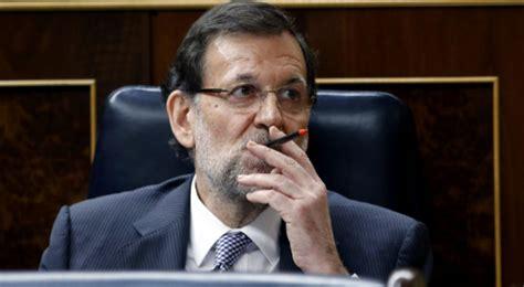 La mayor crisis institucional de España, y Rajoy se fuma ...