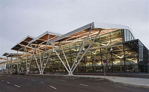 La mercancía transportada en el Aeropuerto crece un 21,4% ...