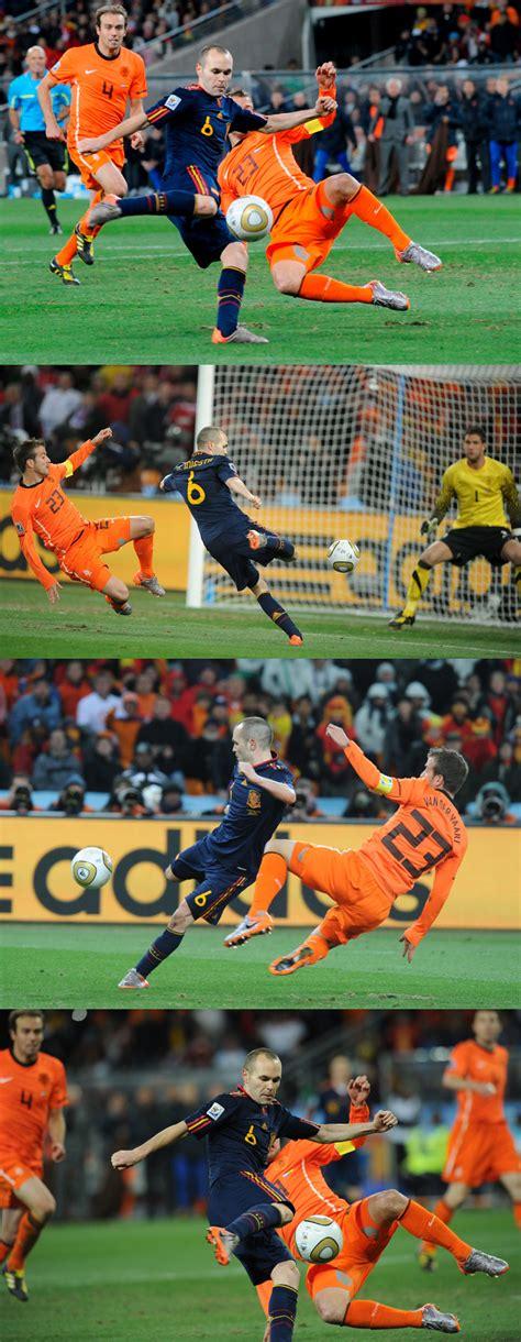 La mesa de luz » El gol de Iniesta desde todos los ángulos
