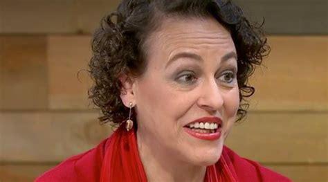 La ministra de Trabajo critica el polémico artículo de ABC ...