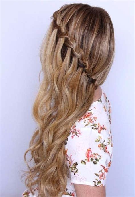 La moda en tu cabello: Lindas trenzas con el pelo suelto ...