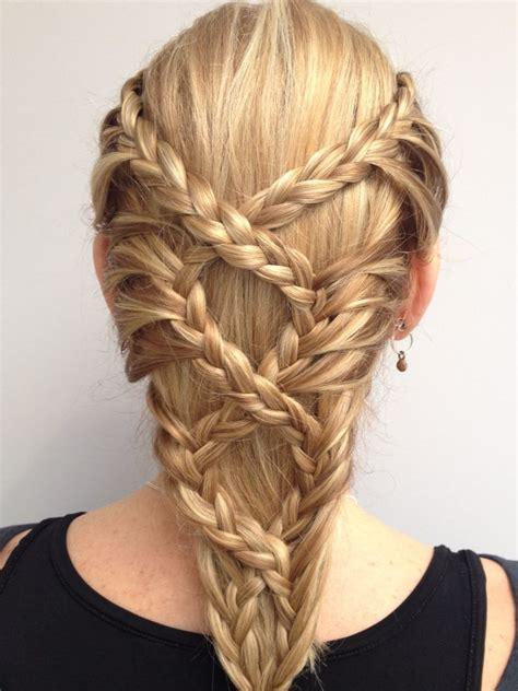 La moda en tu cabello: Peinados con trenzas   Primavera ...