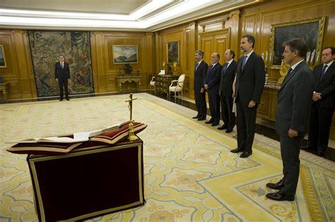 La Moncloa. 31/10/2016. Mariano Rajoy jura el cargo de ...