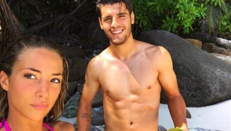 La mujer de Morata empieza a seguir al United en Instagram