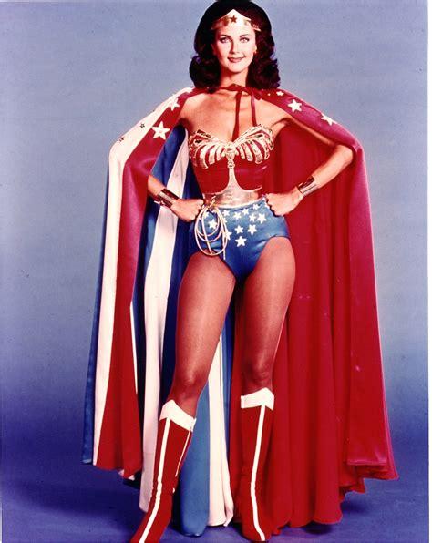 La Mujer Maravilla.: LYNDA CARTER, Biografia.