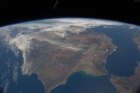 La  no  península ibérica y la  sí  península ibérica ...