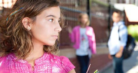 La pubertad en chicas, cambios físicos y psicológicos ...