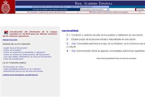 La RAE reconoce su error al definir  nacionalidad  en la web