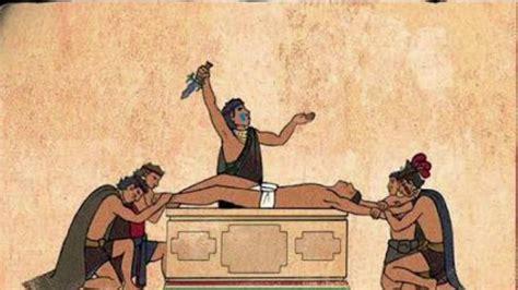La Religión Azteca - YouTube