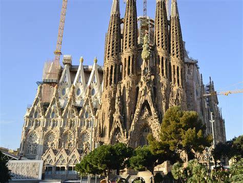 La Sagrada Familia| Barcelona | AFAR
