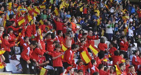 La selección española absoluta jugará un partido amistoso ...