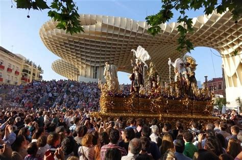 La Semana Santa, motor económico para el turismo nacional ...