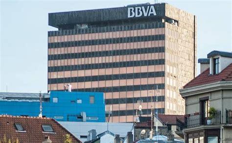 La torre del BBVA, la manzana del Iruña... Bilbao sale a ...