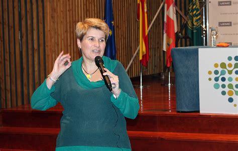 La UEMC reúne a 150 profesionales de la educación para ...